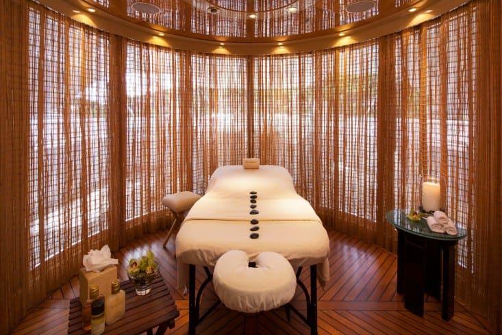 MY-Starfire-Sun-Deck-Massage-Room1